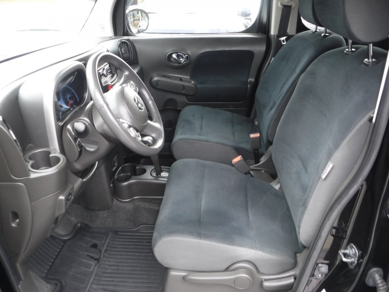 Nissan cube 2009 price $5,950