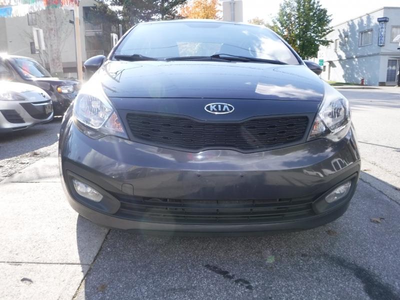 Kia Rio 2012 price $6,800