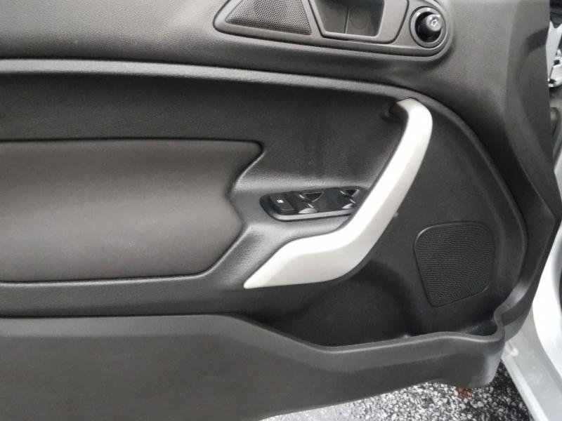 Ford Fiesta 2013 price $6,450