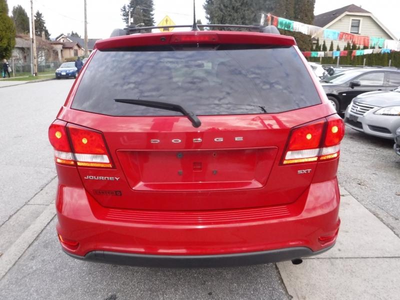 Dodge Journey 2013 price $5,950