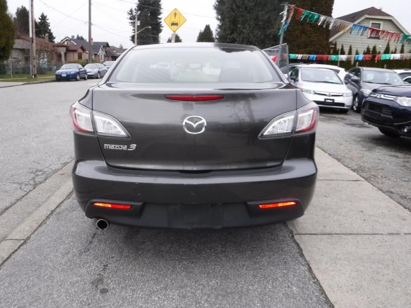 Mazda 3 2010 price $6,800