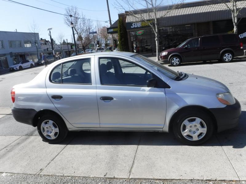 Toyota Echo 2000 price $3,450