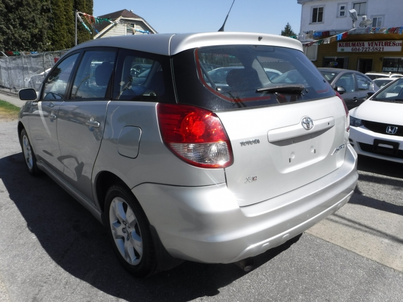 Toyota Matrix 2004 price $4,950