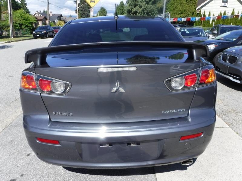 Mitsubishi Lancer 2010 price