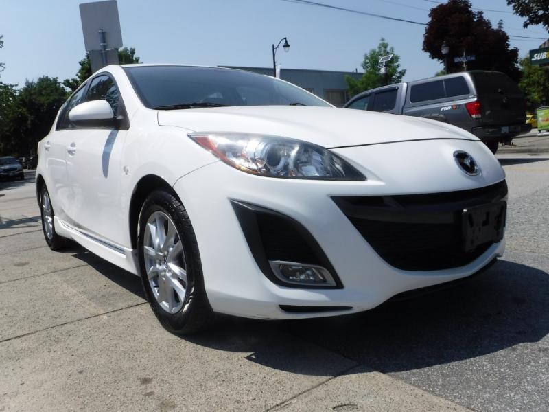 Mazda 3 2010 price $8,800