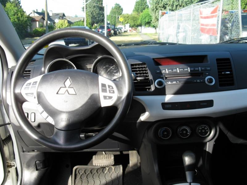 Mitsubishi Lancer 2013 price $10,800