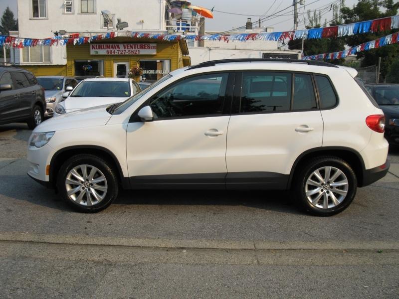 Volkswagen Tiguan 2011 price $9,800