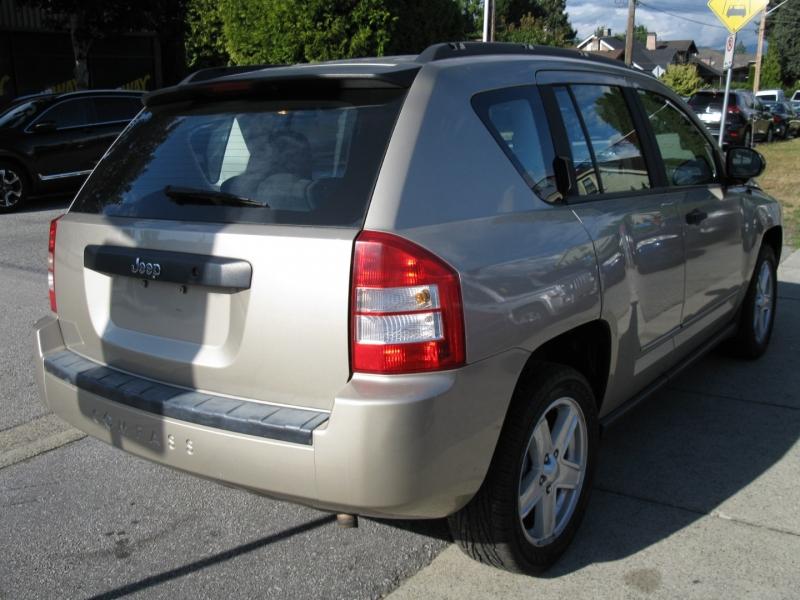 Jeep Compass 2009 price $5,800