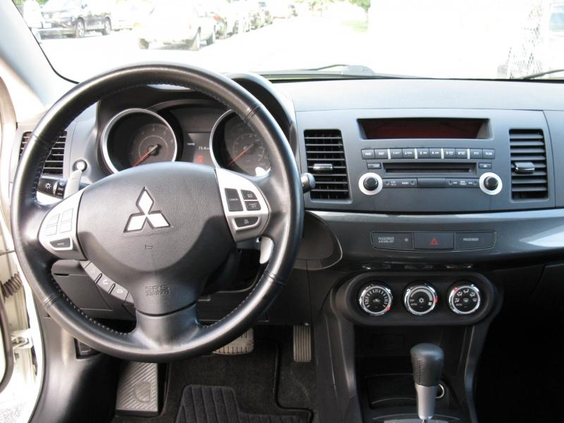 Mitsubishi Lancer 2010 price $11,950