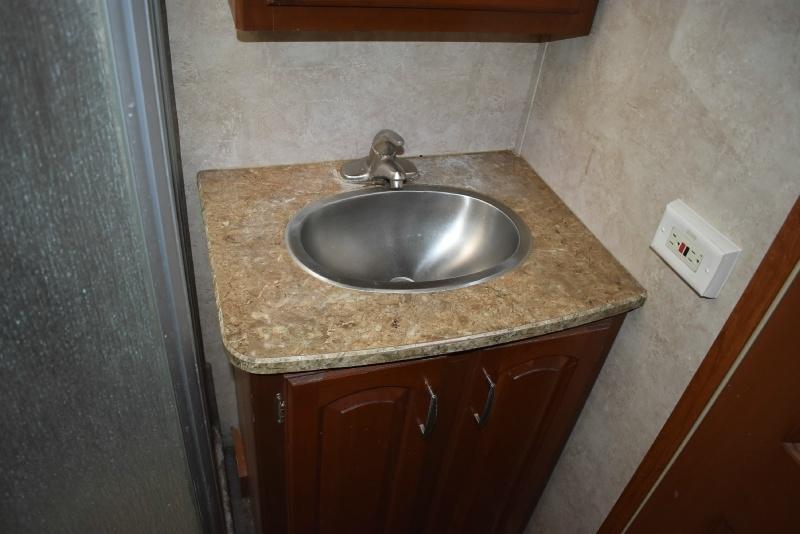 Keystone Alpine 2011 price $19,900