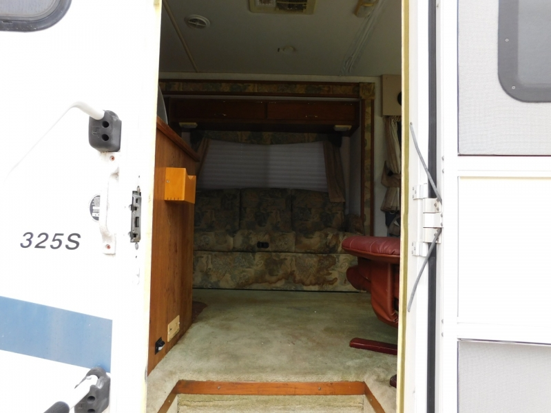 Forest River Georgetown 2001 price $7,900