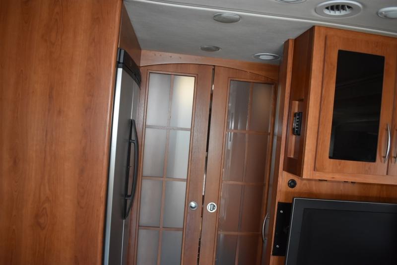 Coachmen Sportscoach Legend 2009 price $120,000