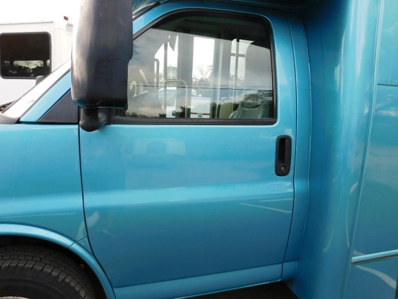 Chevrolet Express Passenger 2015 price $14,000