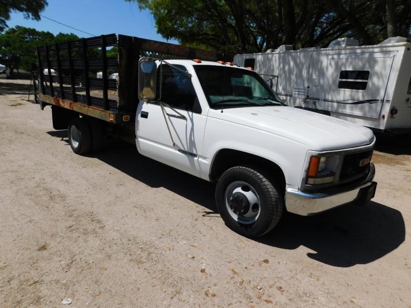GMC Sierra 3500 1999 price $6,500