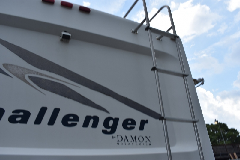 Damon CHALLENGER 2004 price $19,900