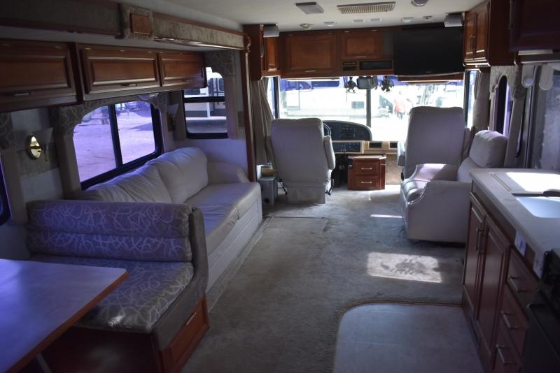 Fleetwood BOUNDER 2002 price $35,000