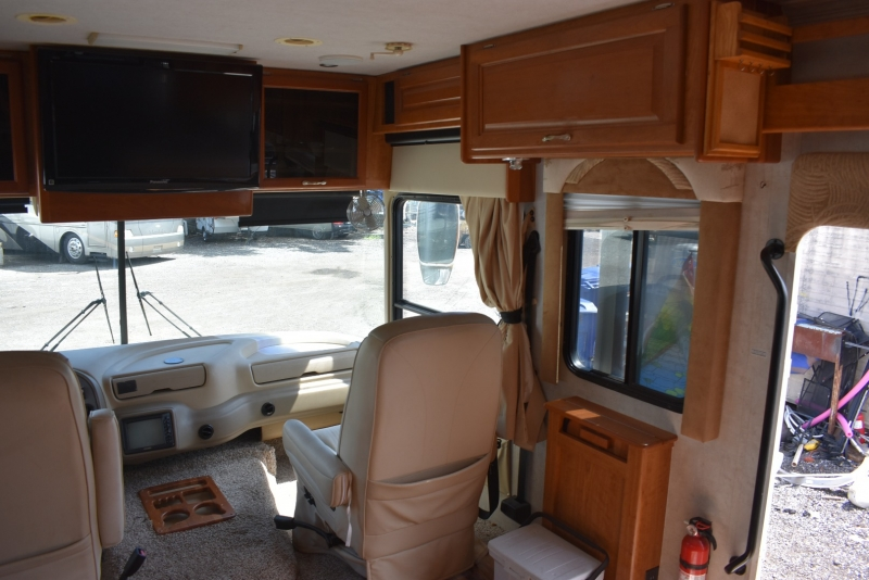 National DOLPHIN 2005 price $35,000