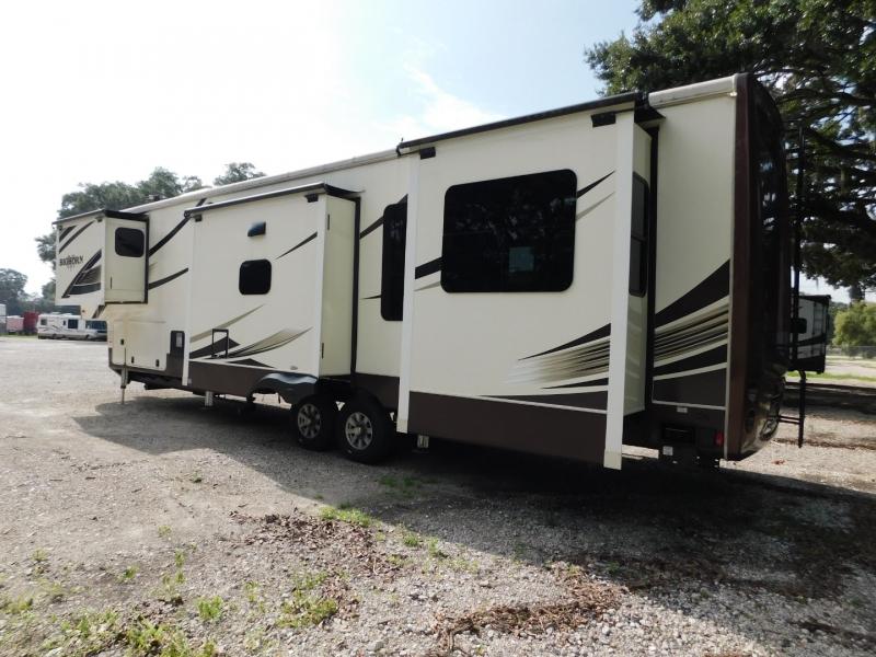 Heartland Big Horn 2017 price $39,900
