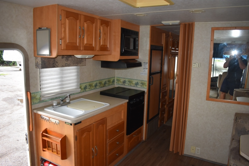 Forest River GEORGETOWN SE 2006 price $21,000