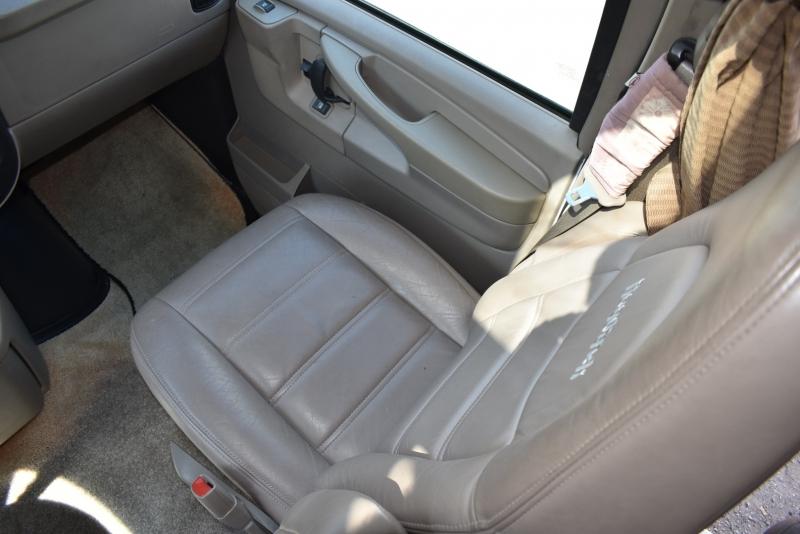 Roadtrek 210 VERSATILE 2006 price $45,000
