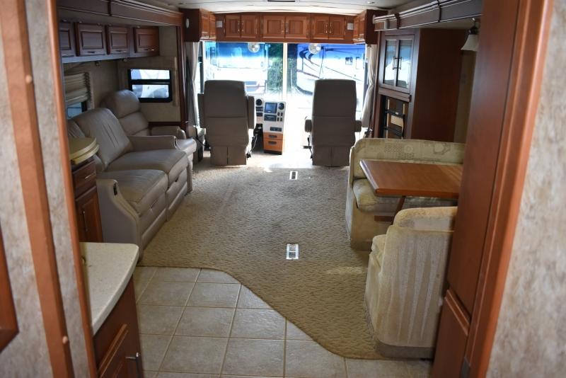Winnebago VECTRA 2005 price $69,000