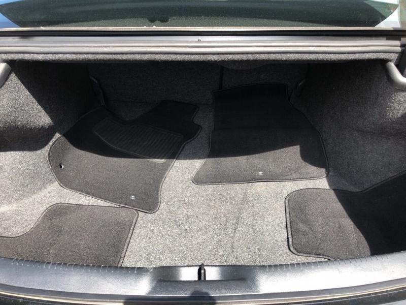 Chrysler 300 2019 price $23,495