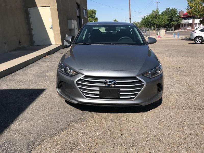 Hyundai Elantra 2018 price $16,495