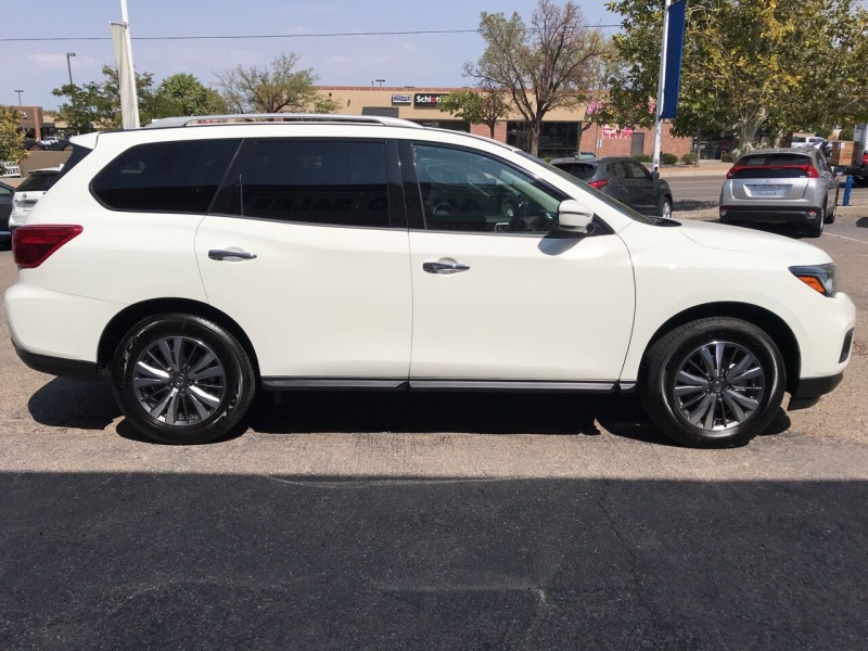 Nissan Pathfinder 2020 price $28,995