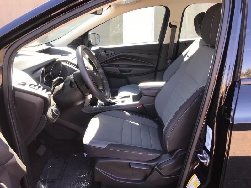 Ford Escape 2018 price $16,995
