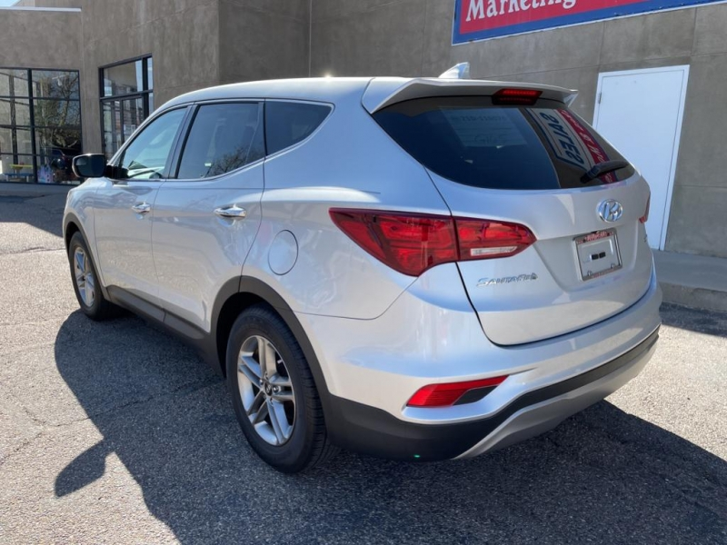 Hyundai Santa Fe Sport 2017 price $21,995