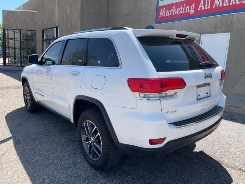 Jeep Grand Cherokee 2018 price $33,995