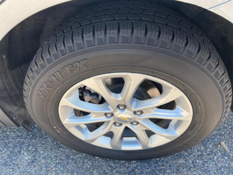 Chevrolet Equinox 2019 price $27,495