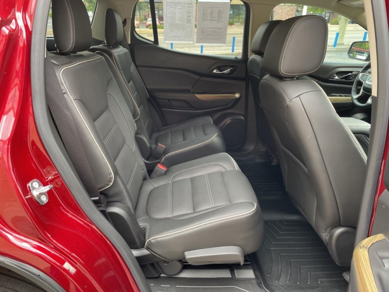 GMC Acadia 2018 price $40,995