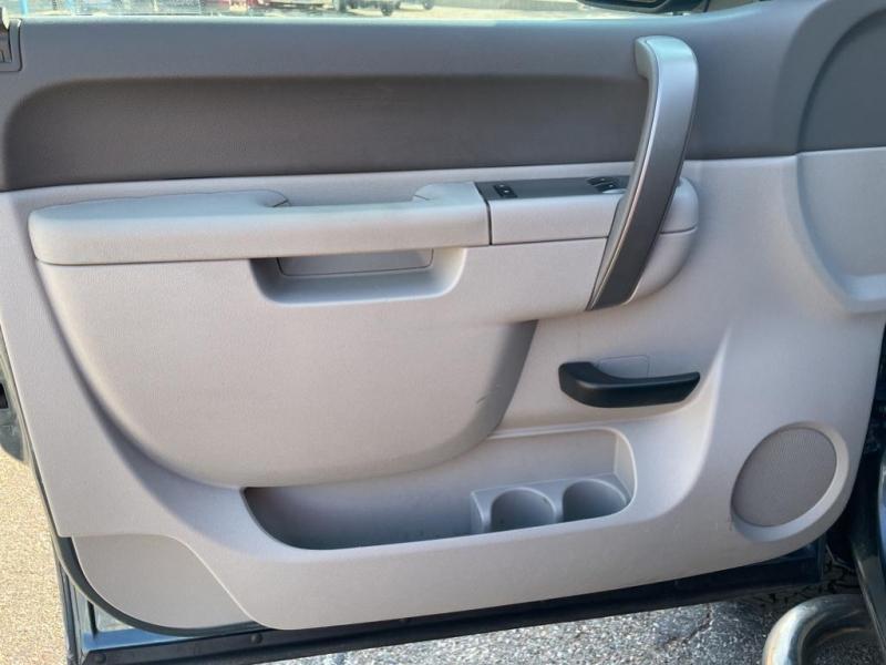Chevrolet Silverado 2013 price $32,995