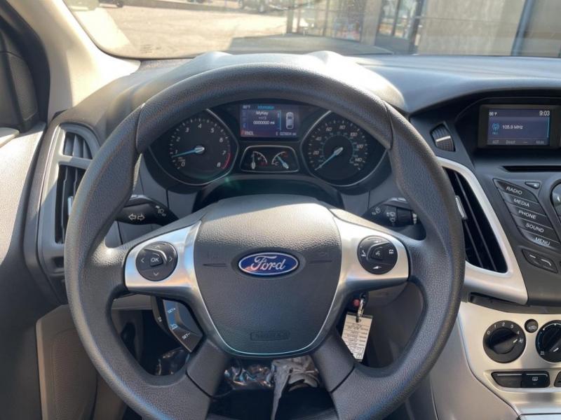 Ford Focus 2014 price $14,995