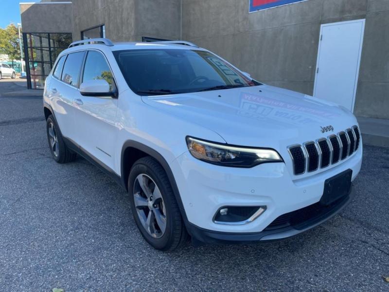 Jeep Cherokee 2019 price $31,995