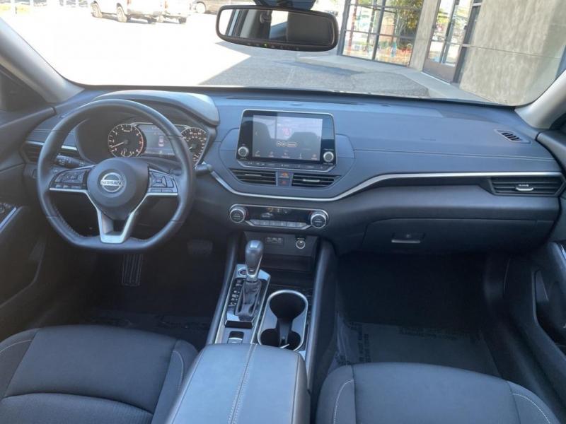 Nissan Altima 2020 price $30,995