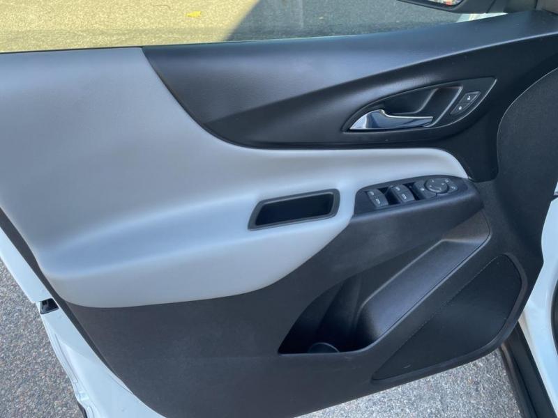 Chevrolet Equinox 2018 price $23,995