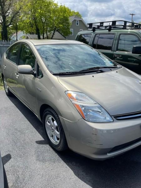 Toyota Prius 2009 price $7,999