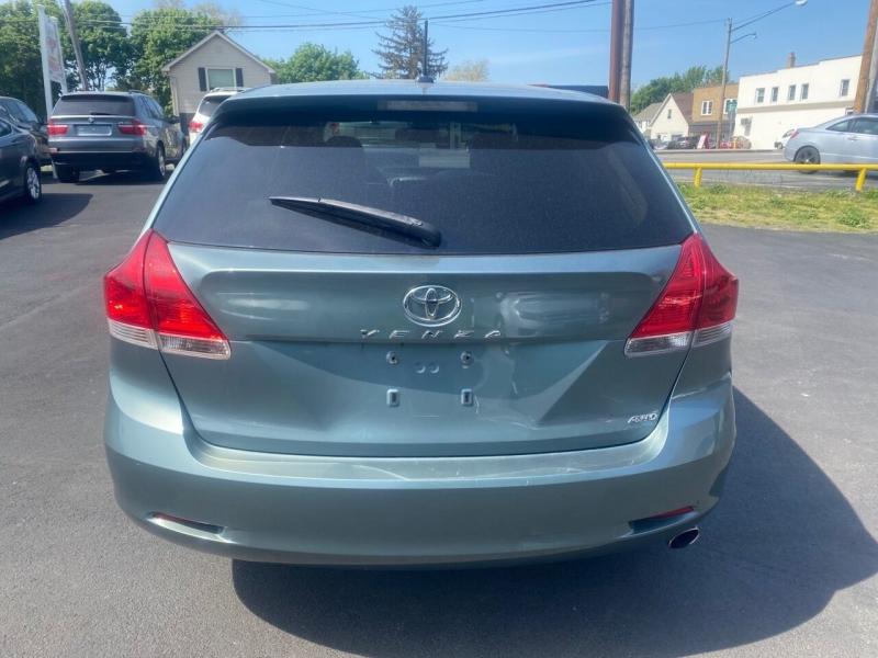 Toyota Venza 2011 price $10,500