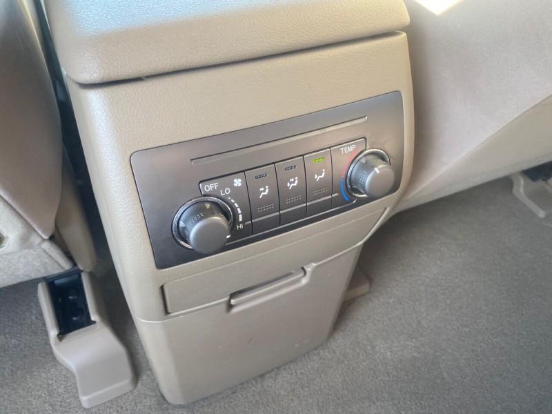 Toyota Highlander 2008 price $9,999
