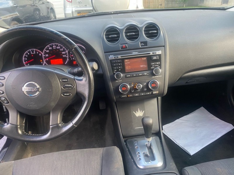 Nissan Altima 2010 price $6,200