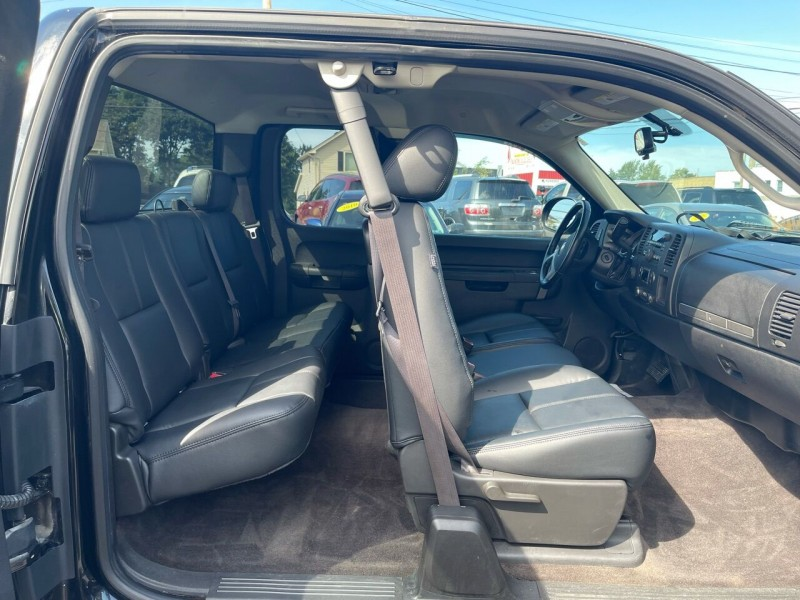 Chevrolet Silverado 1500 2013 price $15,500