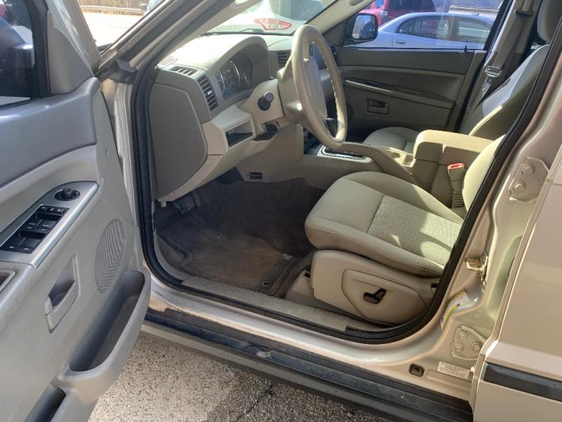 Jeep Grand Cherokee 2007 price $9,800