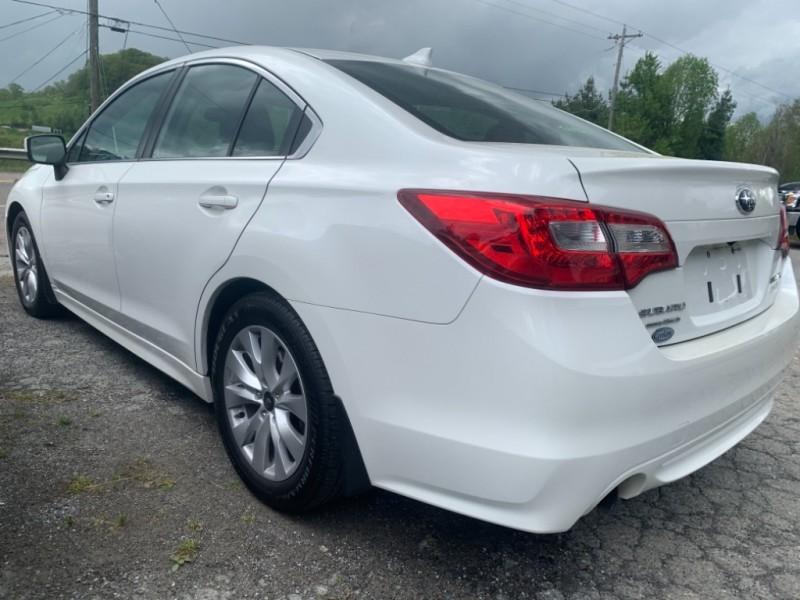 Subaru Legacy 2016 price $11,895