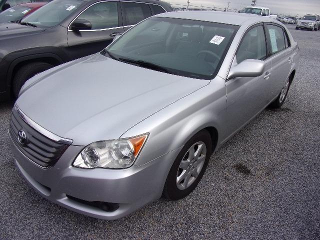 Toyota Avalon 2009 price $9,495