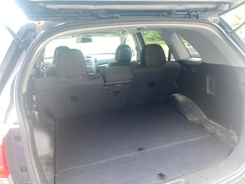 Kia Sorento 2014 price $14,500