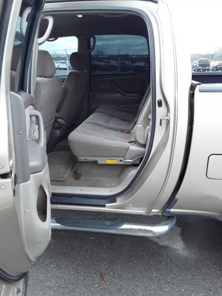 Toyota Tundra 2005 price $8,390