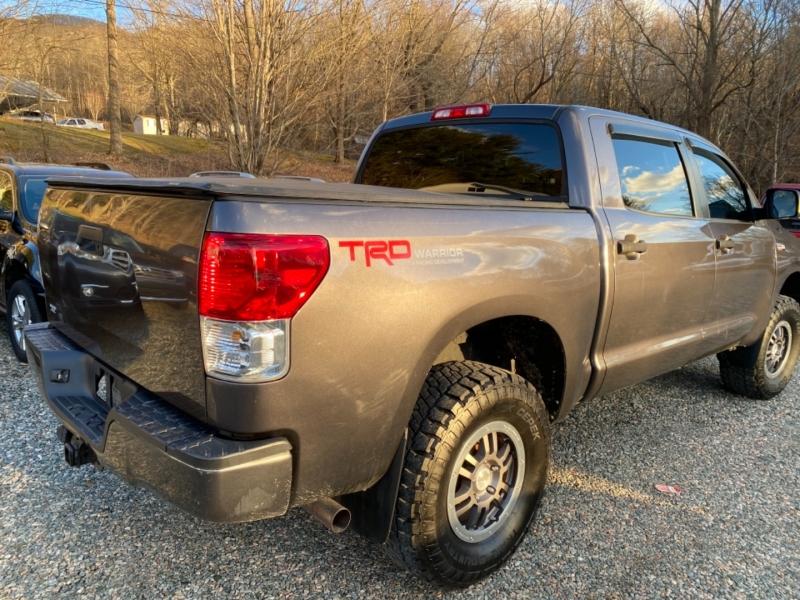 Toyota Tundra 2012 price $25,975