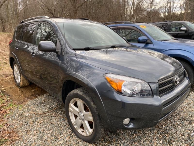 Toyota RAV4 2006 price $9,695